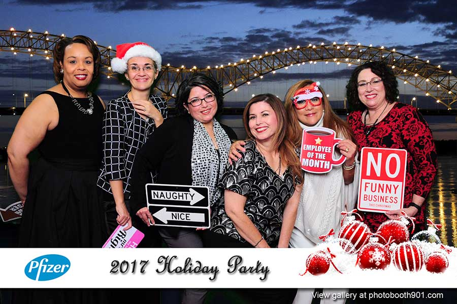 Pfizer Holiday Party 2017 Photo Booth