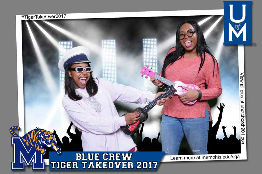 UM Blue Crew Tiger Take Over Photo Booth