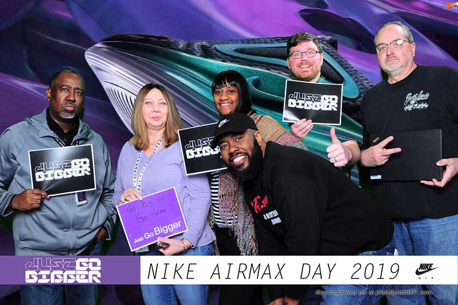 NIKE AirMax Photo Booth Shelby Drive